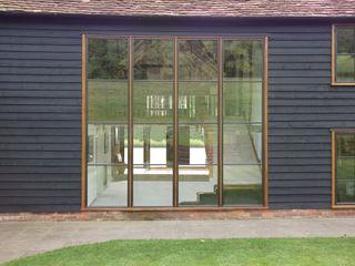 Advanced Bronze Casements Architectural Bronze Ltd 窗戶與門窗戶 金屬 Black