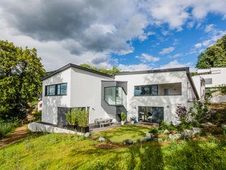 Z House, Single Family home in Seeheim, Germany Helwig Haus und Raum Planungs GmbH منازل