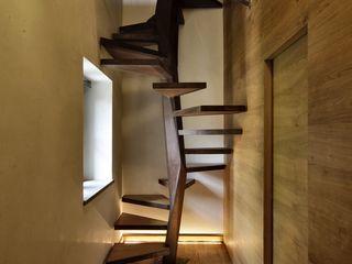 Elia Falaschi Fotografo Pasillos, vestíbulos y escaleras de estilo moderno