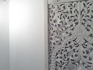 Vicente Galve Studio Pintu & Jendela Gaya Asia