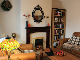 Georgian style lounge Girl About The House Living roomFireplaces & accessories Yellow