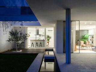 Residenza Privata Giopato & Coombes Balcone, Veranda & Terrazza in stile moderno
