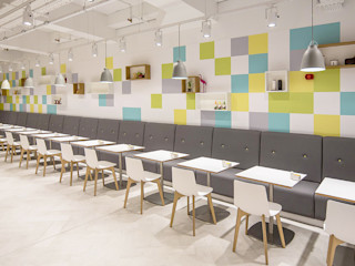 Restaurant On 5 HF Contracts Gastronomia in stile moderno