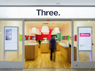 Three Mobile Mowat & Company Ltd Modern commercial spaces