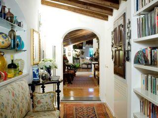 archbcstudio Corridor, hallway & stairs Drawers & shelves