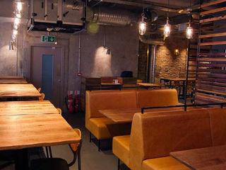 Imli Street HF Contracts Gastronomia in stile rustico