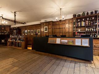 Berry Bros. & Rudd London Mowat & Company Ltd Modern offices & stores