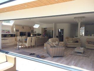 Own Self build Xspace Modern balcony, veranda & terrace