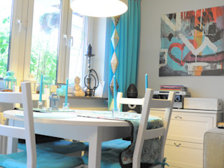 Kawalerka pozytywnej joginki Perfect Home Skandynawski salon