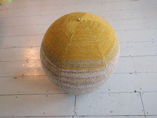 Seating Spheres Mary Goodman Salas/RecibidoresAccesorios y decoración