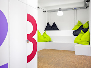 Rheingau Founders GmbH Sabine Oster Architektur & Innenarchitektur (Sabine Oster UG) Moderne Geschäftsräume & Stores