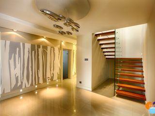 Studio Projektowe Projektive Modern Corridor, Hallway and Staircase