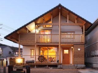 ATELIER TAMA Wiejskie domy