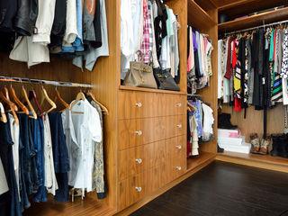 Bespoke Walnut Dressing Room Room Dressing roomAccessories & decoration