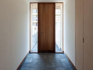 川添純一郎建築設計事務所 Casas minimalistas