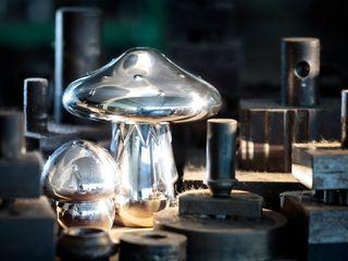 """""""Magic Mushroom"""" von Wolfgang Joop Wiener Silber Manufactur EsszimmerAccessoires und Dekoration"""