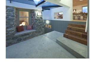 House No. 7 Denizen Works Walls
