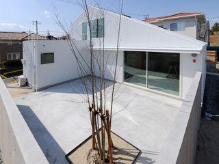 市原忍建築設計事務所 / Shinobu Ichihara Architects Modern garden