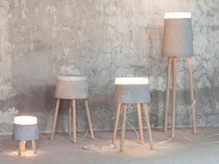 CONCRETE table/floor lamps RENATE VOS product & interior design Sala de estarIluminação