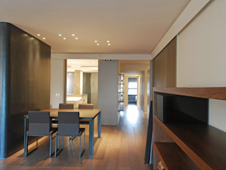Apartment reform in Barcelona, Av. Sarrià FG ARQUITECTES 모던스타일 다이닝 룸