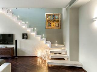 studiodonizelli Salas de estilo moderno