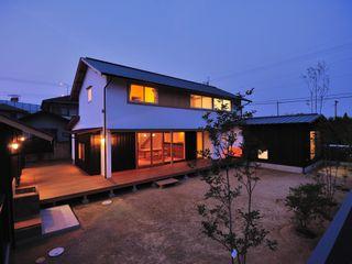 小笠原建築研究室 Single family home Wood White