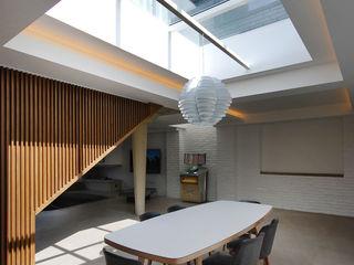 The Gables Patalab Architecture Comedores de estilo moderno