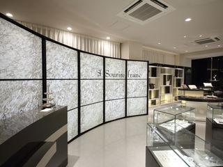 Sourire Franc 一級建築士事務所・スタジオインデックス モダンデザインの 書斎