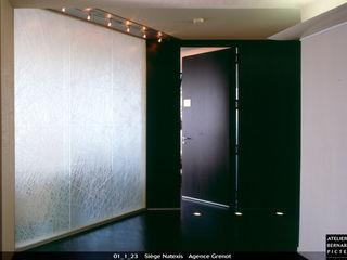 le verre appliqué à la décoration et à l'architecture Edificios de oficinas