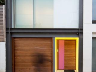 Outdoor illuminated doorframe Applelec Puertas y ventanas modernas