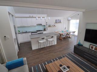 Perth Residence Natasha Fowler Design Solutions Modern kitchen