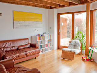 Architect's House in Bristol by DHV Architects Dittrich Hudson Vasetti Architects Living room