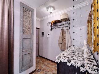 Очарование старой Москвы Порядок вещей - дизайн-бюро Коридор, прихожая и лестница в рустикальном стиле