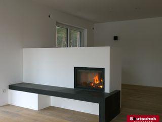 Moderne Feuerstätten Soutschek Ofenfeuer WohnzimmerKamin und Zubehör