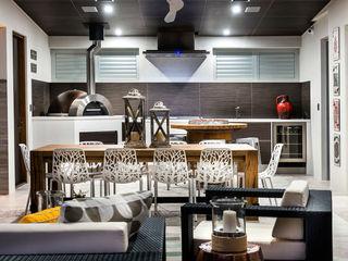 Menora Residence Moda Interiors Balcones y terrazas de estilo ecléctico
