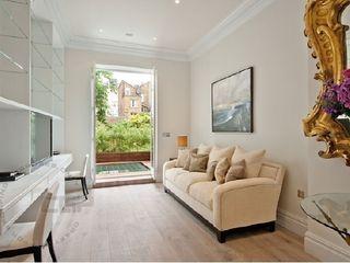 Chelsea Family House Black and Milk | Interior Design | London Study/office