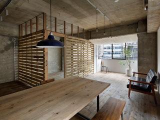 蘆田暢人建築設計事務所 Ashida Architect & Associates Comedores de estilo rústico