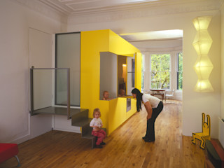 The Yellow Submarine Sophie Nguyen Architects Ltd Modern Living Room