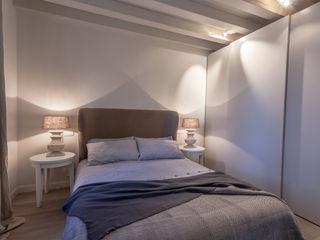 Lucia Bentivogli Architetto Classic style bedroom