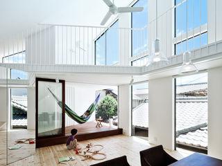 帆居 hammock house UZU 北欧デザインの リビング