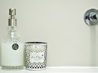 Fleet Street Luxury Apartment Porcel-Thin BathroomDecoration