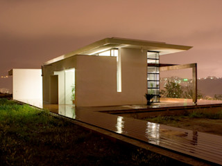 Studio 4 Modern houses