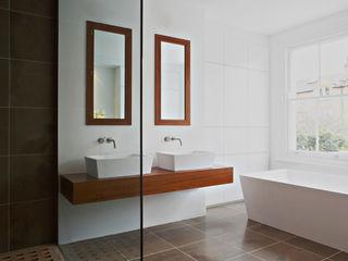 Dalebury Road BLA Architects Modern bathroom