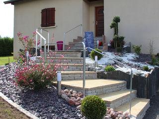 Rénovation escalier accès principal ART PAYSAGE Maisons modernes