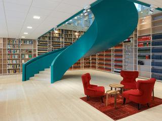 Office in Goteburg Stair Factory Oficinas y Tiendas