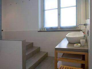 Fersini Marco - Pavimenti e Rivestimenti interni ed esterni Salle de bain moderne