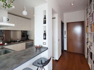 gk architetti (Carlo Andrea Gorelli+Keiko Kondo) Cocinas de estilo moderno