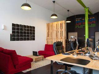 Traço Magenta - Design de Interiores Locaux commerciaux & Magasins Gris
