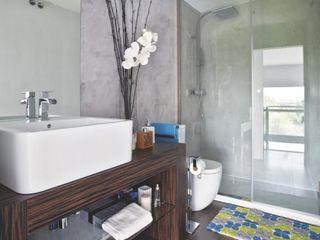 Loft para single Disak Studio Baños de estilo moderno