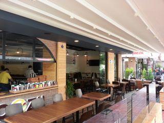 Emre Urasoğlu İç Mimarlık Tasarım Ltd.Şti. Modern style balcony, porch & terrace